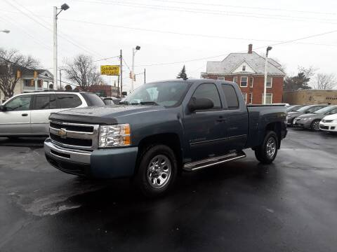 2011 Chevrolet Silverado 1500 for sale at Sarchione INC in Alliance OH