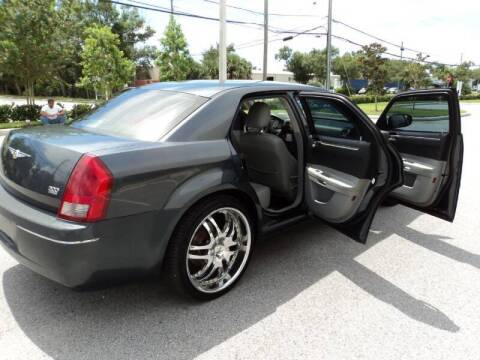 2007 Chrysler 300 for sale at No Frills Auto Sales in Largo FL