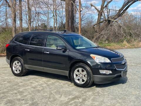 2011 Chevrolet Traverse for sale at Charlie's Used Cars in Thomasville NC