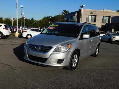2009 Volkswagen Routan for sale at Paniagua Auto Mall in Dalton GA