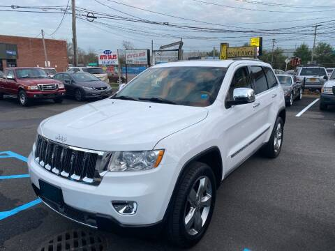 2013 Jeep Grand Cherokee for sale at QUALITY AUTO SALES OF NEW YORK in Medford NY