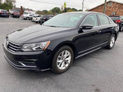 2017 Volkswagen Passat for sale at Modern Automotive in Boiling Springs SC
