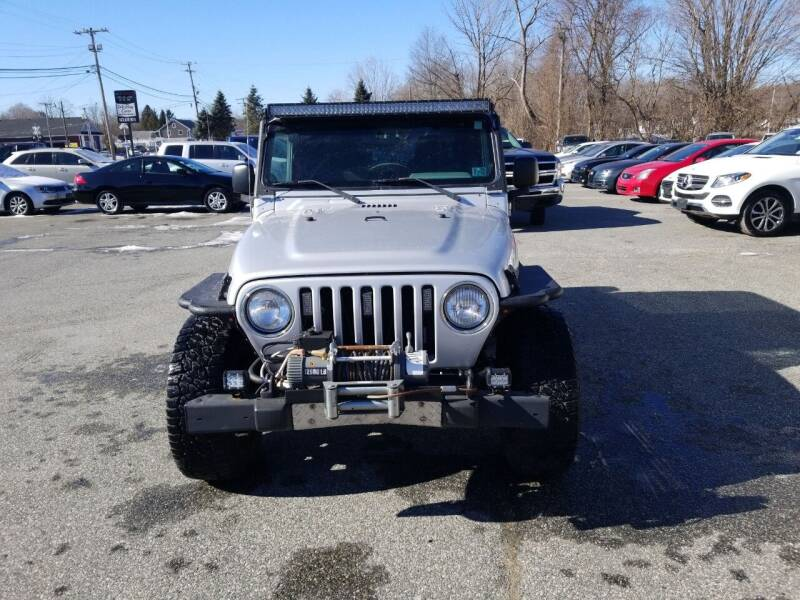 2003 Jeep Wrangler for sale at AutoConnect Motors in Kenvil NJ