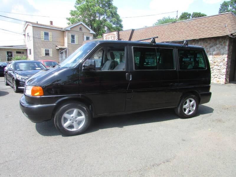 2002 Volkswagen EuroVan for sale at Nutmeg Auto Wholesalers Inc in East Hartford CT