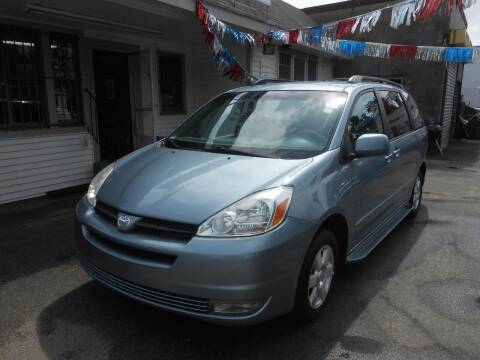 2004 Toyota Sienna for sale at N H AUTO WHOLESALERS in Roslindale MA