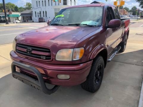 2001 Toyota Tundra for sale at ROBINSON AUTO BROKERS in Dallas NC