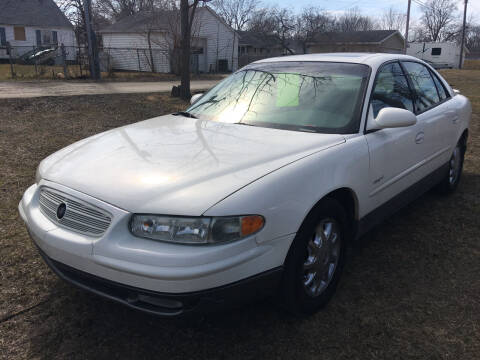 2001 Buick Regal for sale at Antique Motors in Plymouth IN