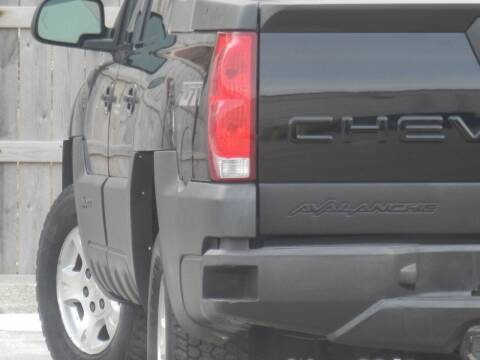 2003 Chevrolet Avalanche for sale at Moto Zone Inc in Melrose Park IL