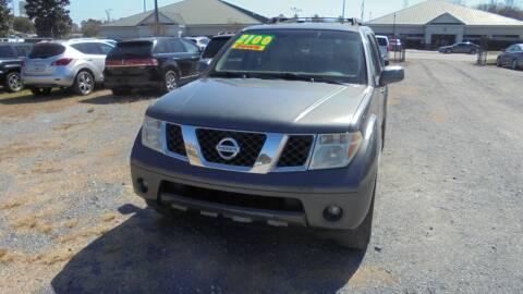 2006 Nissan Pathfinder for sale at Auto Mart - Moncks Corner in Moncks Corner SC