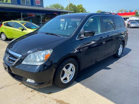 2005 Honda Odyssey for sale at Wise Investments Auto Sales in Sellersburg IN