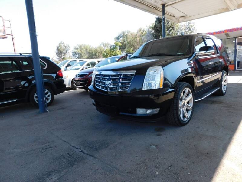 2012 Cadillac Escalade for sale at INFINITE AUTO LLC in Lakewood CO