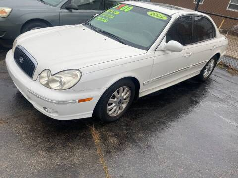 2003 Hyundai Sonata for sale at Double Take Auto Sales LLC in Dayton OH