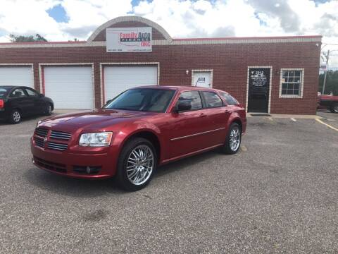 2008 Dodge Magnum for sale at Family Auto Finance OKC LLC in Oklahoma City OK