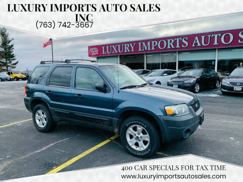 2005 Ford Escape for sale at LUXURY IMPORTS AUTO SALES INC in North Branch MN