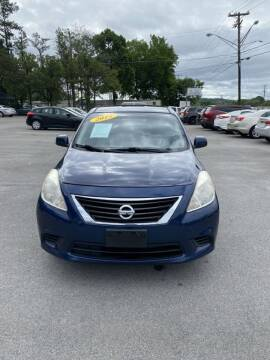 2013 Nissan Versa for sale at Elite Motors in Knoxville TN