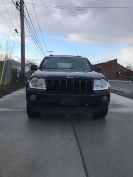 2005 Jeep Grand Cherokee for sale at Suburban Auto Sales LLC in Madison Heights MI