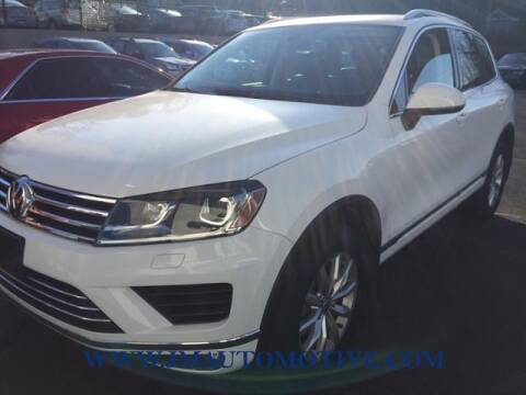 2015 Volkswagen Touareg for sale at J & M Automotive in Naugatuck CT