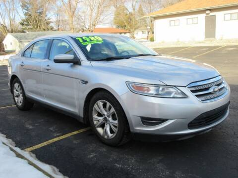 2012 Ford Taurus for sale at Fox River Motors, Inc in Green Bay WI