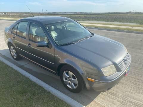 2005 Volkswagen Jetta for sale at Cash Car Outlet in Mckinney TX