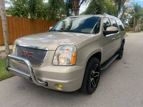 2009 GMC Yukon XL for sale at FINANCIAL CLAIMS & SERVICING INC in Hollywood FL