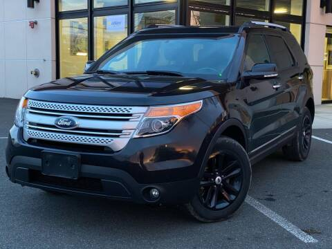2014 Ford Explorer for sale at MAGIC AUTO SALES in Little Ferry NJ