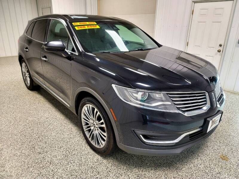 2016 Lincoln MKX for sale at LaFleur Auto Sales in North Sioux City SD