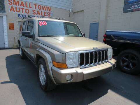 2006 Jeep Commander for sale at Small Town Auto Sales in Hazleton PA