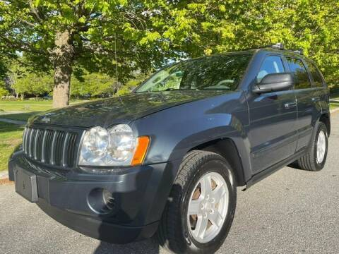 2007 Jeep Grand Cherokee for sale at NEW ENGLAND AUTO MALL in Lowell MA
