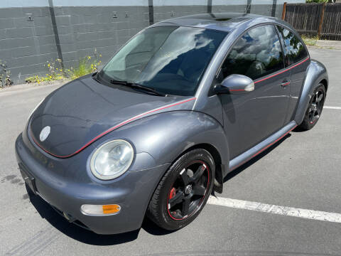2004 Volkswagen New Beetle for sale at APX Auto Brokers in Lynnwood WA