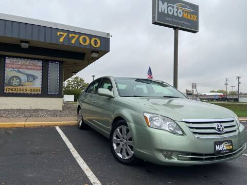 2005 Toyota Avalon for sale at MotoMaxx in Spring Lake Park MN