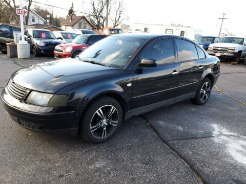 2000 Volkswagen Passat for sale at Geareys Auto Sales of Sioux Falls, LLC in Sioux Falls SD