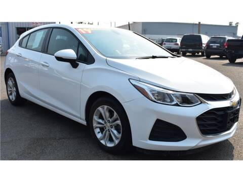 2019 Chevrolet Cruze for sale at ATWATER AUTO WORLD in Atwater CA