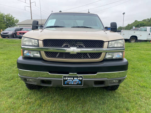 2004 Chevrolet Silverado 2500HD for sale at Lewis Blvd Auto Sales in Sioux City IA
