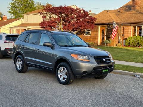 2009 Hyundai Santa Fe for sale at Reis Motors LLC in Lawrence NY