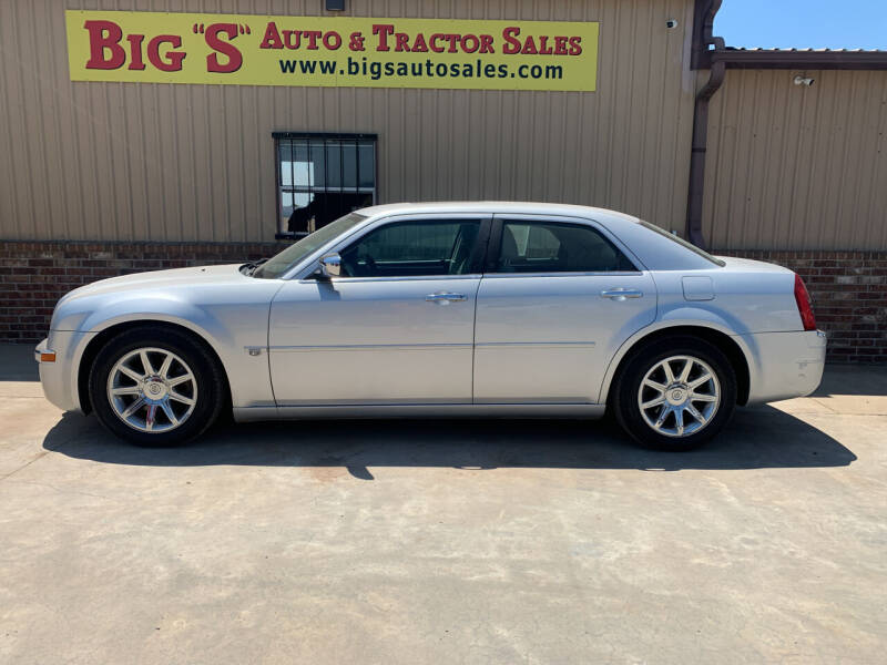 2005 Chrysler 300 for sale at BIG 'S' AUTO & TRACTOR SALES in Blanchard OK