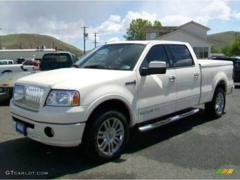 2006 Lincoln Mark LT for sale at LAKE CITY AUTO SALES in Forest Park GA