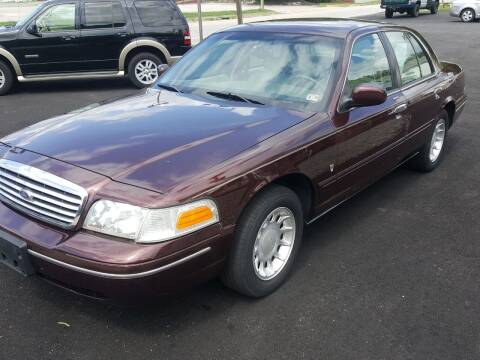 2000 Ford Crown Victoria for sale at Premier Auto Sales Inc. in Newport News VA