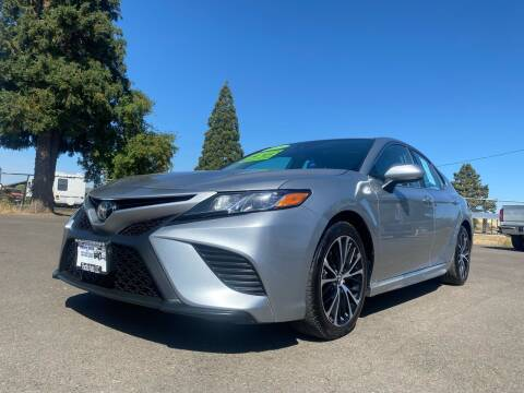 2019 Toyota Camry for sale at Pacific Auto LLC in Woodburn OR