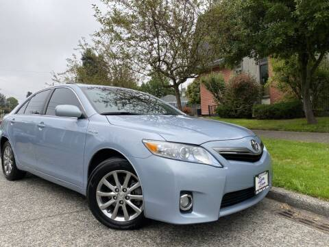 2011 Toyota Camry Hybrid for sale at DAILY DEALS AUTO SALES in Seattle WA