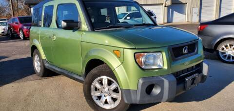 2006 Honda Element for sale at Sinclair Auto Inc. in Pendleton IN