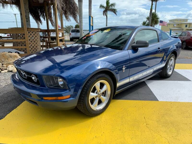 2007 Ford Mustang for sale at D&S Auto Sales, Inc in Melbourne FL