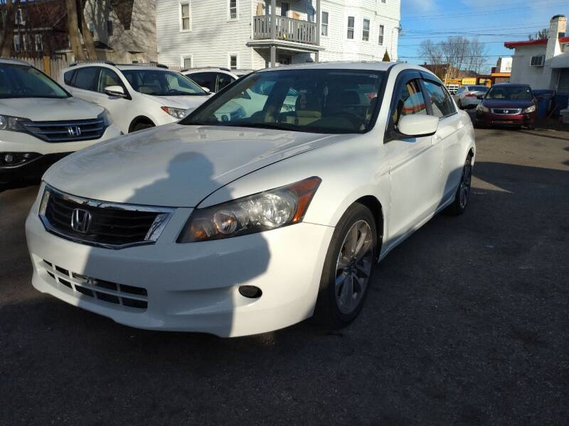 2009 Honda Accord for sale at Choice Motor Group in Lawrence MA