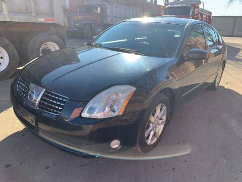 2005 Nissan Maxima for sale at Square Business Automotive in Milwaukee WI