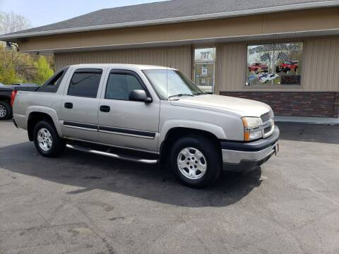 2005 Chevrolet Avalanche for sale at RPM Auto Sales in Mogadore OH