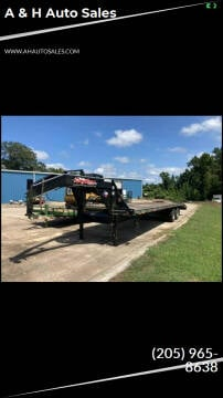 2018 Longhorn 32 Dual GN for sale at A & H Auto Sales in Clanton AL