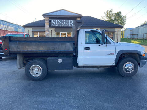 2002 Chevrolet Silverado 3500 for sale at Singer Auto Sales in Caldwell OH