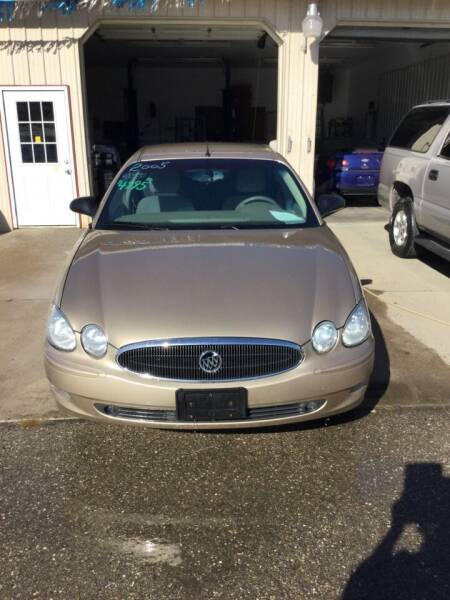 2005 Buick LaCrosse for sale at Stewart's Motor Sales in Cambridge/Byesville OH