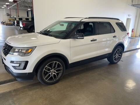 2016 Ford Explorer for sale at Kerns Ford Lincoln in Celina OH