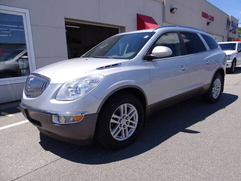 2009 Buick Enclave for sale at KING RICHARDS AUTO CENTER in East Providence RI