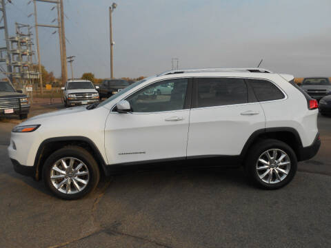 2015 Jeep Cherokee for sale at Salmon Automotive Inc. in Tracy MN